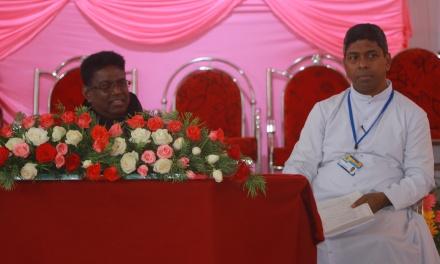 Honoring of Fr. Varghese Maliakal  OCD in the KRLCC assembly